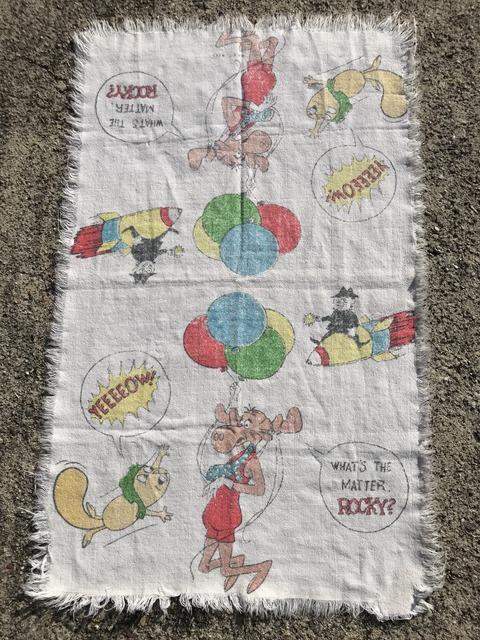 Vintage Rocky & Bullwinkle Towel (1)