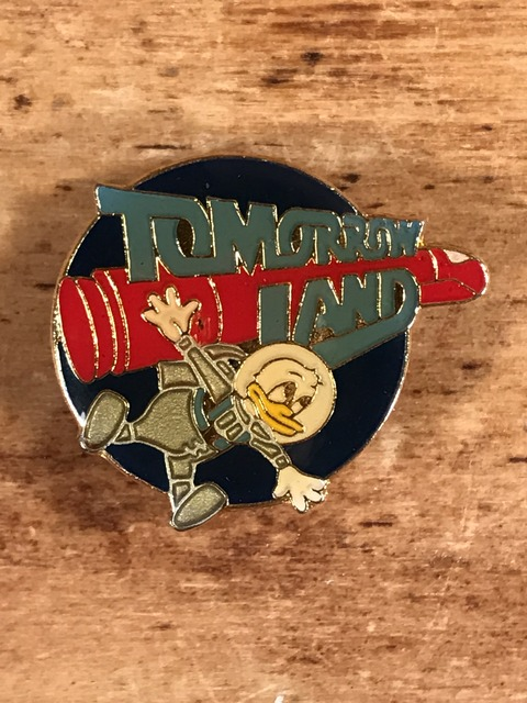 Vintage Disneyland Donald Duck Tomorrow Land Enamel Pins (1)