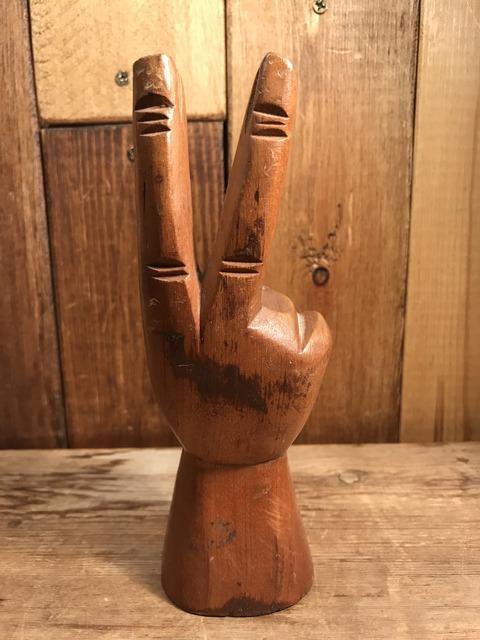 vintage wooden peace sign figurine (6)