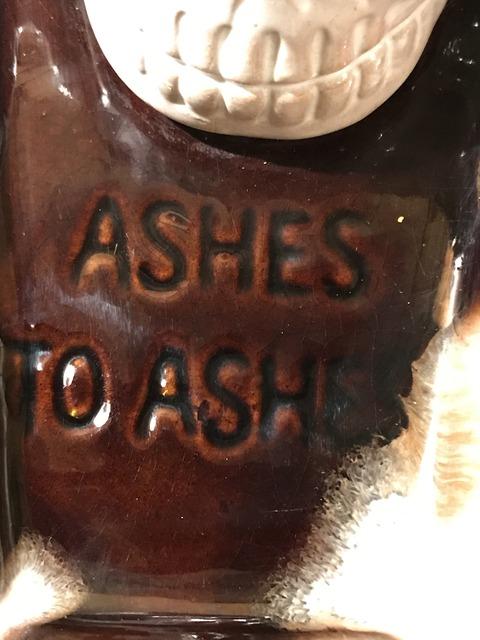 vintage ceramic skull coffin ashtray (13)