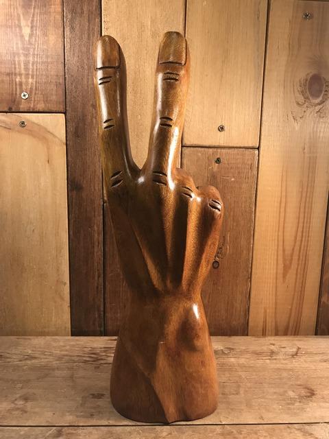 vintage wooden peace sign figurine (135)