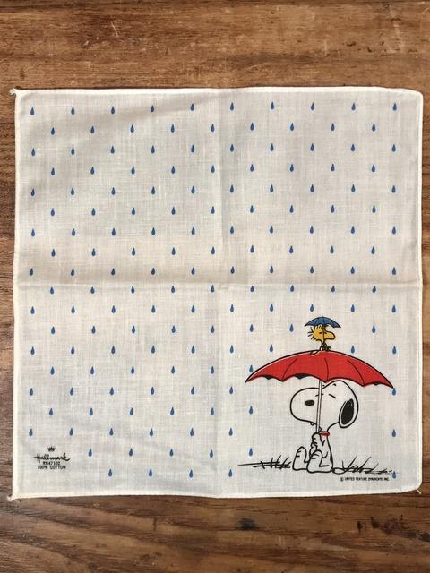 Vintage Hallmark Peanuts Snoopy Cotton Handkerchief (1)
