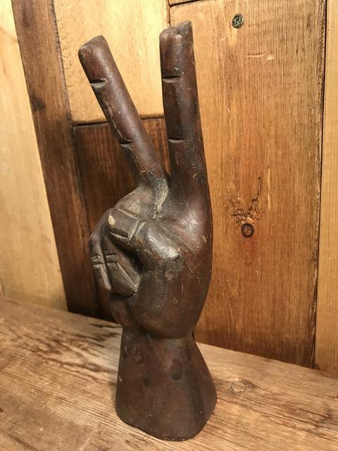 vintage wooden peace sign figurine (26)
