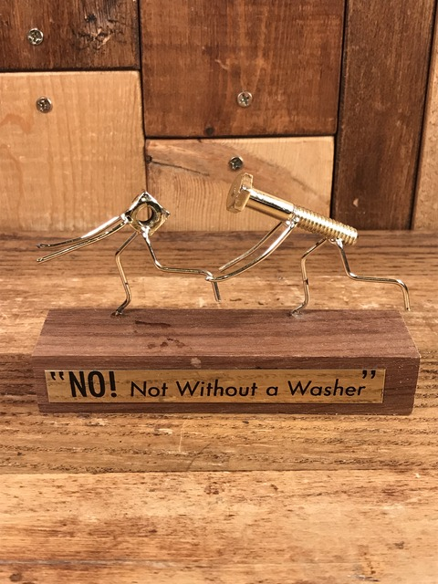 """Vintage """"No! Not Without a Washer"""" Display Figurines (1)"""