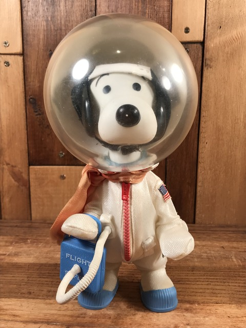 "Vintage Peanuts Snoopy ""Astoronaut"" Pocket Doll Figure (1)"
