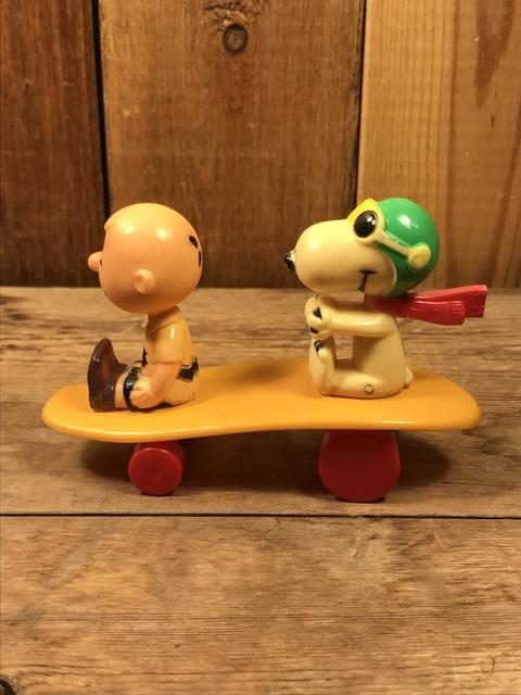 Vintage Aviva Snoopy & Charlie Brown Skateboard Toy (4)