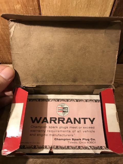 vintage champion spark plugs with 10 box set (38)