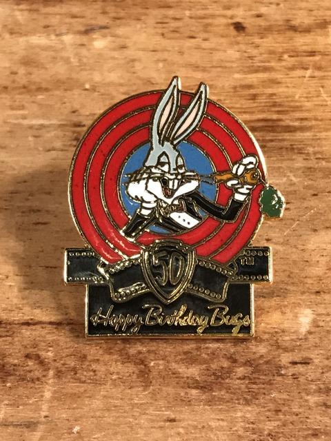 Vintage Looney Tunes Bugs Bunny  Pins (1)