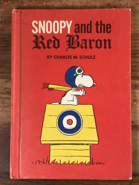 "Vintage Peanuts ""Snoopy and the Red Baron"" Picture Book (1)"