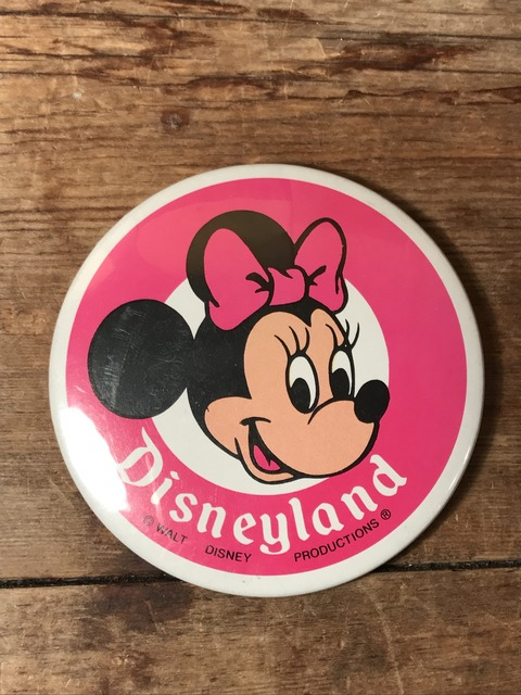 vintage disney land minnie mouse can badge (1)