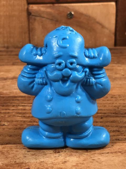Vintage Cap'n Crunch Plastic Figure (1)