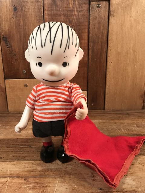 """Vintage Peanuts Snoopy """"Linus"""" Pocket Doll Figure (1)"""