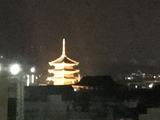 東寺五重塔. 夜はライトアップされる
