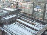 大雪の翌日の新宿駅, 新宿高島屋ビル(2014/2/9)