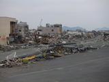 米軍のレッドマークが見える、市街地