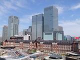 新装なった東京駅 丸ビルより 2015年5月