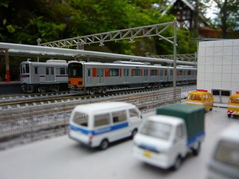 北秋日部駅(R)と東武10000系と50050系