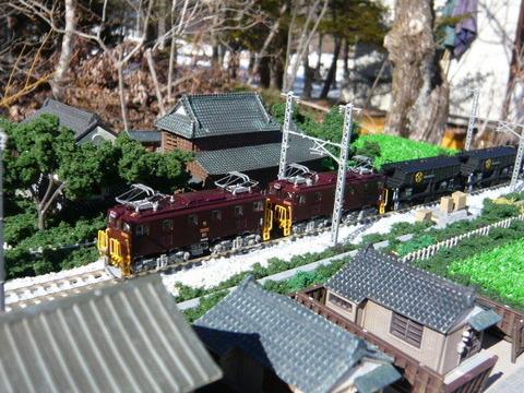 三枚下駅付近と東武ED5080形その1