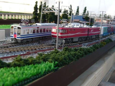 羽度大木駅付近(18')とHK100とEH800