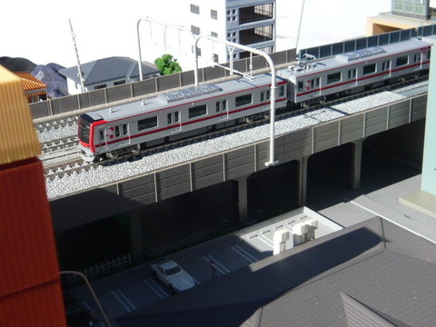 複々線モジ(18')と東武70000系その2