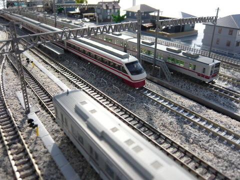 秋日部検修区(R)と東武200系と20070系
