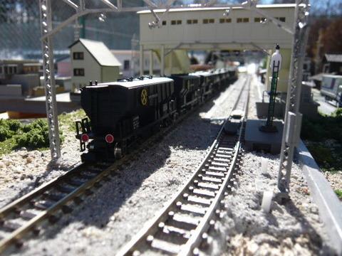 三枚下駅とホキ5700その1
