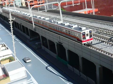 複々線モジ(18')と区間快速47列車その1