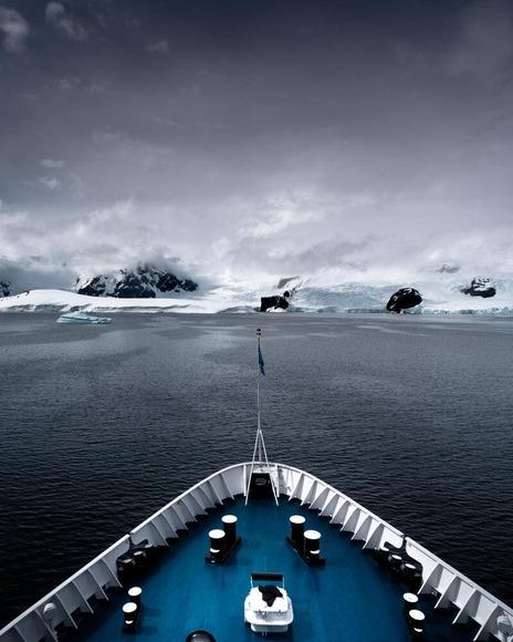 【南極】昭和基地の近くで1965年ごろのクールミントガムやコカ・コーラが発見される!