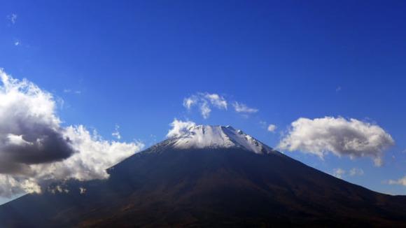 【富士山】遭難の男性を救助!大沢崩れ標高3200メートル付近