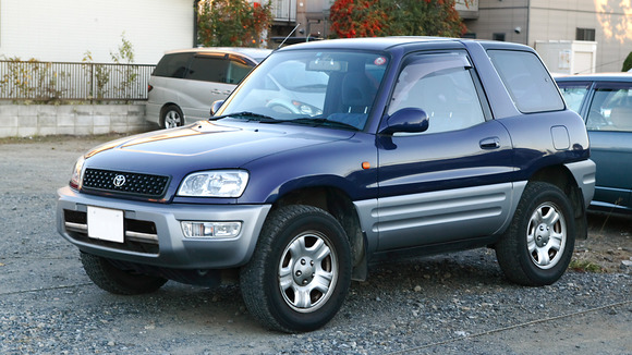 Toyota_RAV4_001