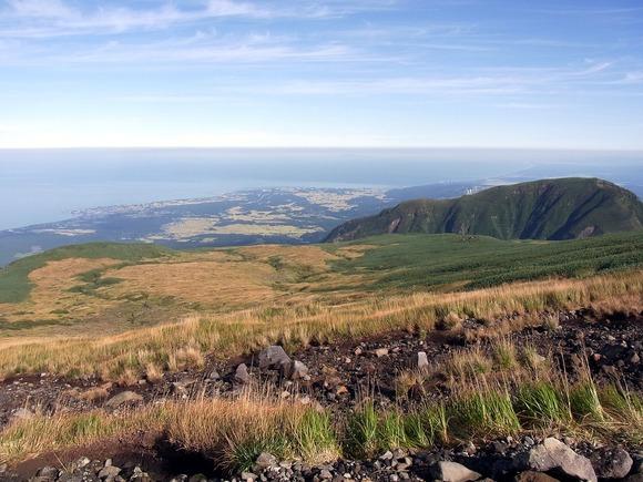 御浜小屋の西から北北西の眺め