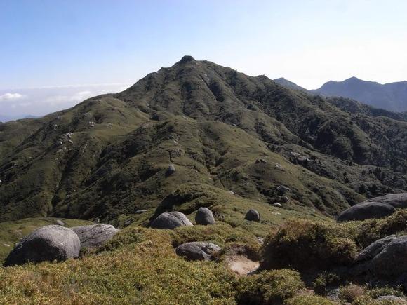 永田岳から望む宮之浦岳