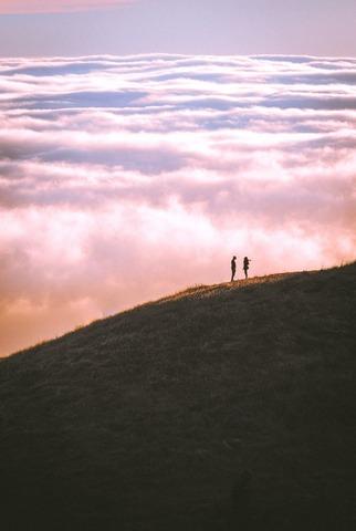 雲海と登山者
