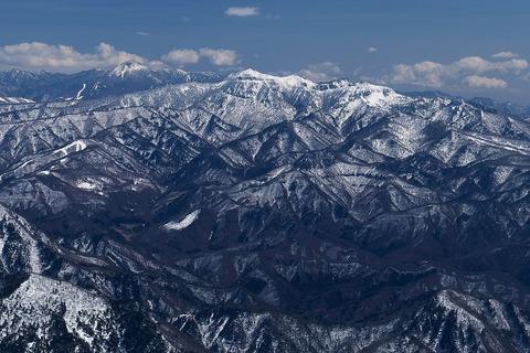 武尊山を北北西から望む(谷川岳から)