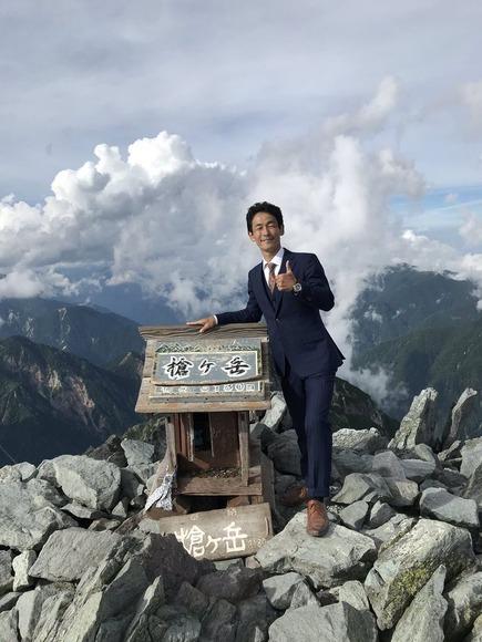 スーツで槍ヶ岳