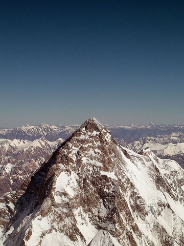 K2西壁の最上部と山頂