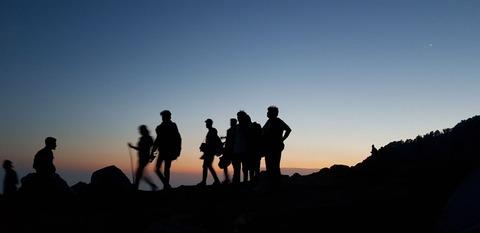サンセットと登山者達