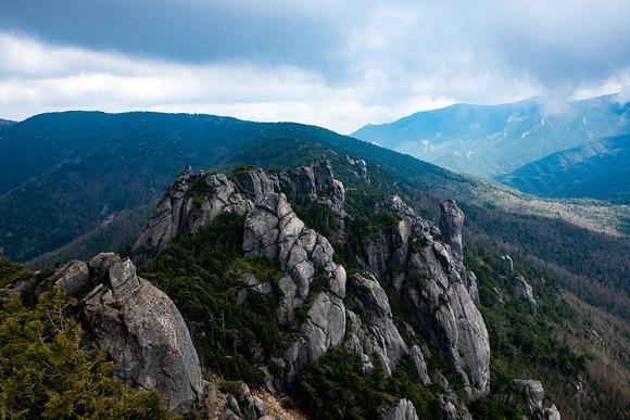 山頂より東を望む