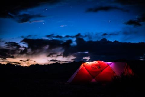 夜明けのテント