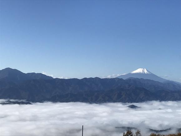 陣馬山からの景色
