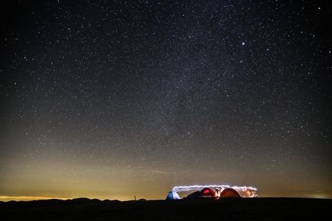 テントと星空