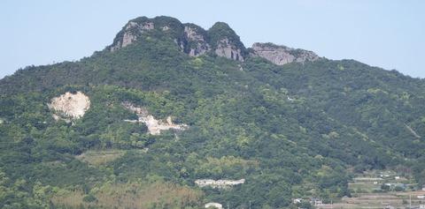 屋島から望む五剣山