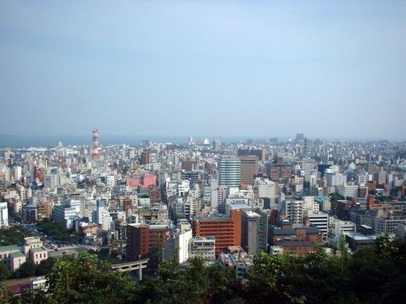 城山から望む市街地
