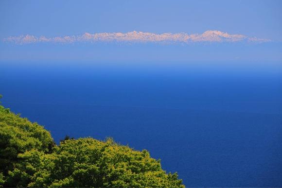 海と山の景色