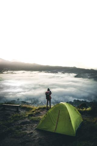 雲海とテント