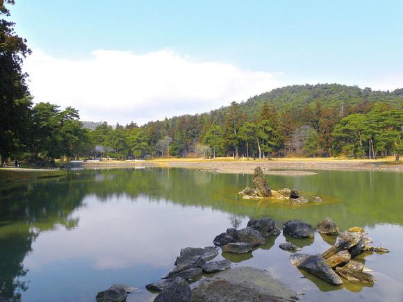 毛越寺の浄土式庭園