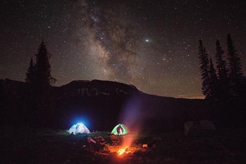 テント泊と星々