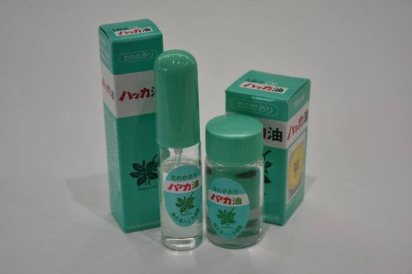 清涼感が人気のハッカ油 (1)