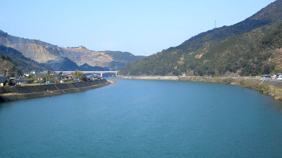 river (1)