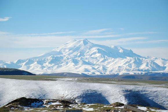 エルブルス山
